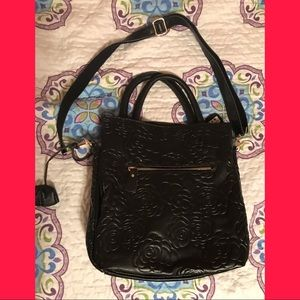 Handbags - Black purse. Squared. Cute.